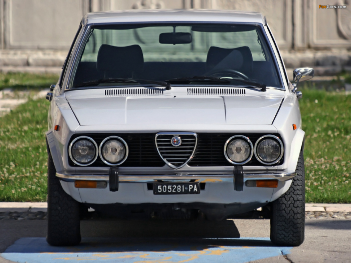 Alfa Romeo Alfetta (1975 р.в.)