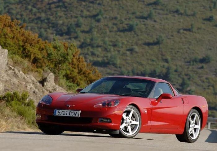 Старенький Corvette не угонишь.