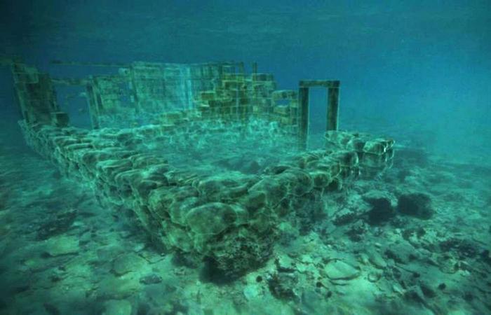 Под водой: город Павлопетри.