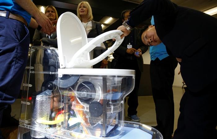 Новый туалет Билла Гейтса произведет революцию в санитарии.