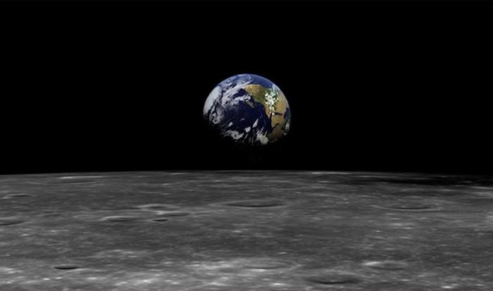 Интересный факт о Вселенной: ежегодно 3,8 см.
