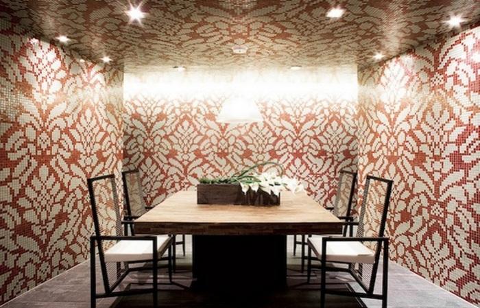 Необычная домашняя мозаика из муранского стекла.