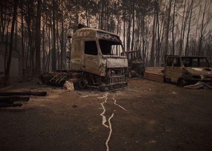 Сгорело все, ничего не спасли.