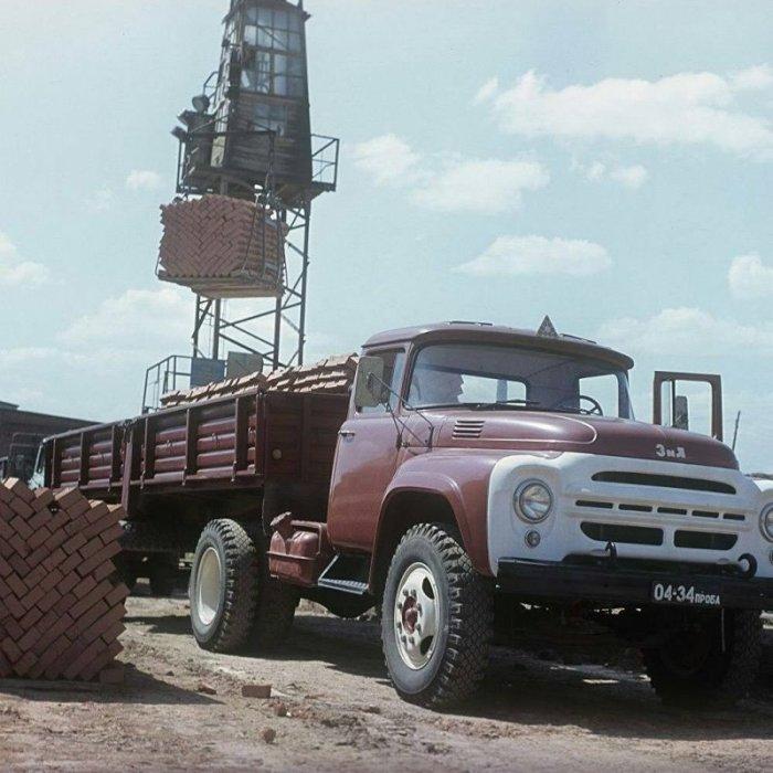 Экспортный вариант популярного грузовика.
