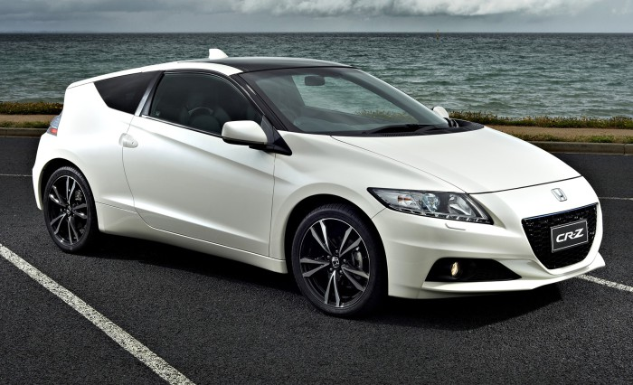 Honda CR-Z - более неудобный автомобиль придумать было сложно.
