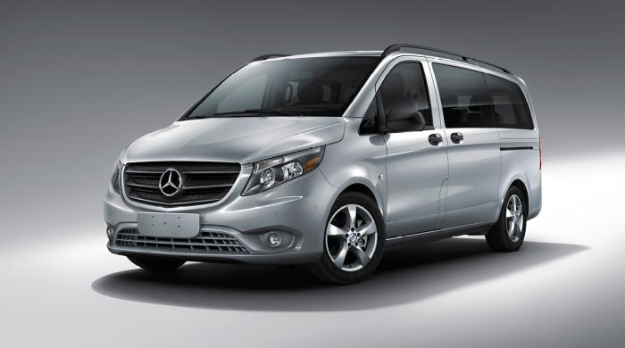 Mercedes-Benz Metris - совсем неказистый бусик.