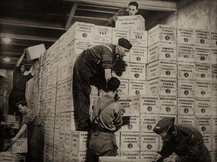 Чем ближе был конец войны, тем щедрее становились поставки. |Фото: m.fishki.net.