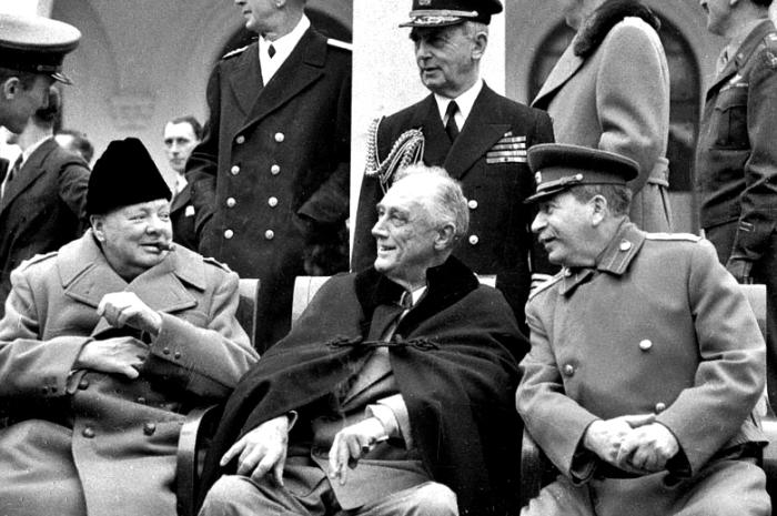 Переоценивать и недооценивать помощь союзников одинаково вредно. |Фото: liveinternet.ru.