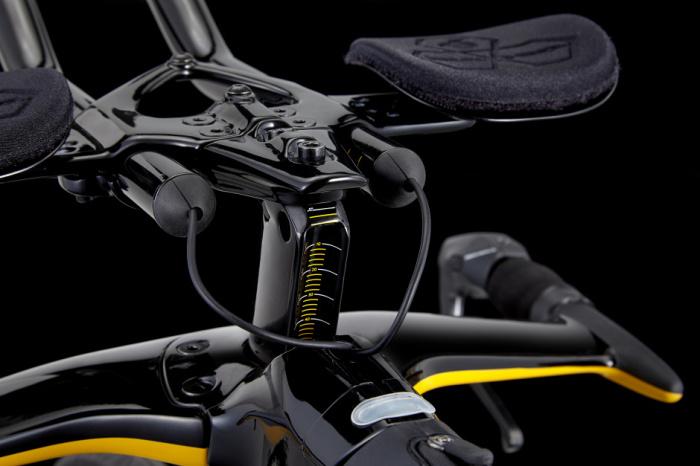 Велосипед Cervelo P5X Lamborghini получил все самое лучшее.