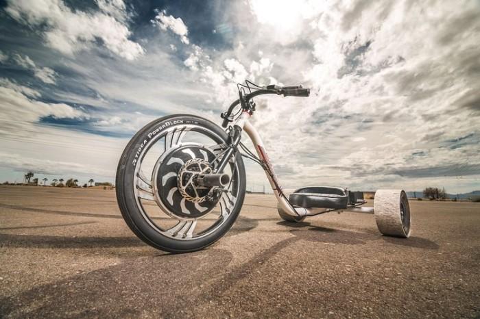 Трицикл от Local Motors.