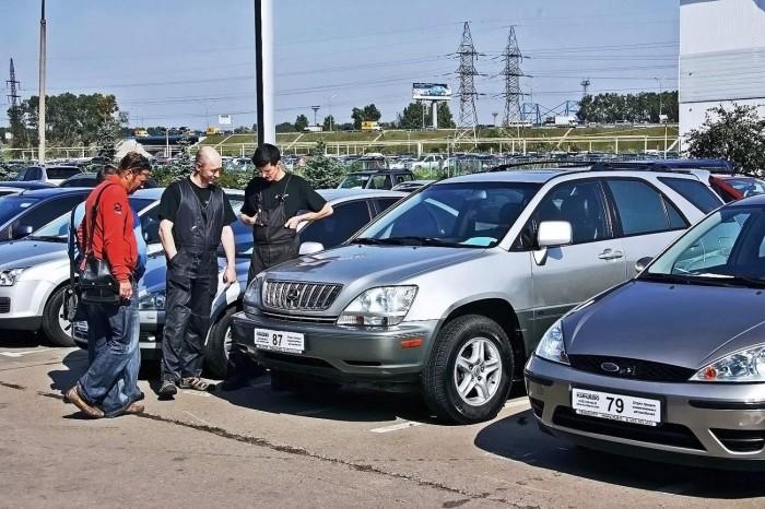 Повод усомниться в правовой чистоте машины. |Фото: frmall.ru.