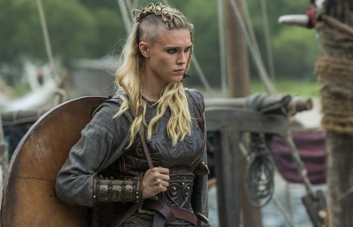 Женщина-викинг.