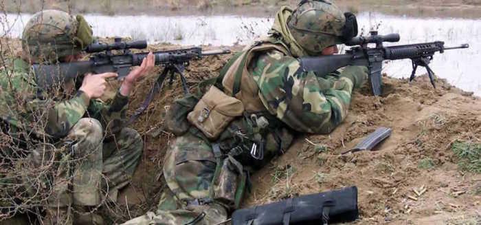 Полевые снайпера нужны там, где не станут работать профи. | Фото: airsoftnews.com.br.