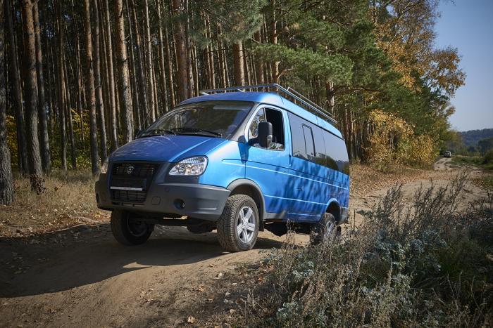 Микроавтобус ГАЗ 4WD.