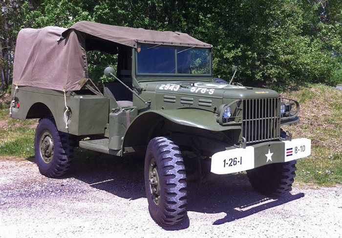 Dodge WC-51 - популярный у союзников автомобиль.