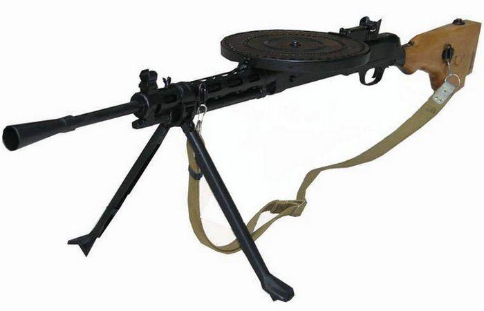 ДП - прародитель индивидуальных отечественных ручных пулеметов..