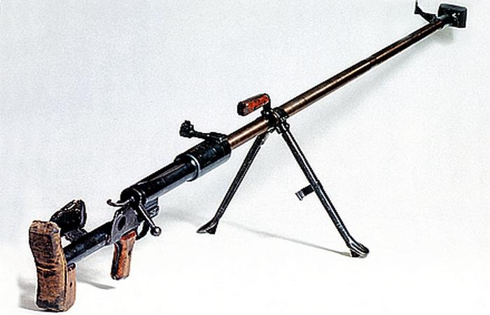 Противотанковое самозарядное ружье системы Симонова.
