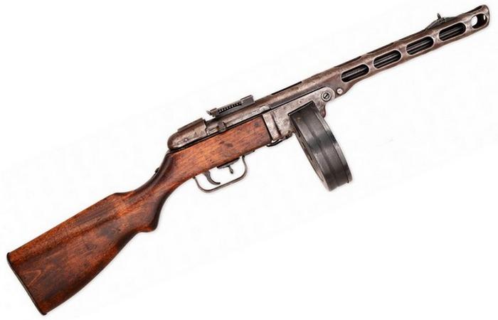 Пистолет-пулемет.