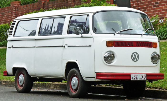 Микроавтобус VW Van.