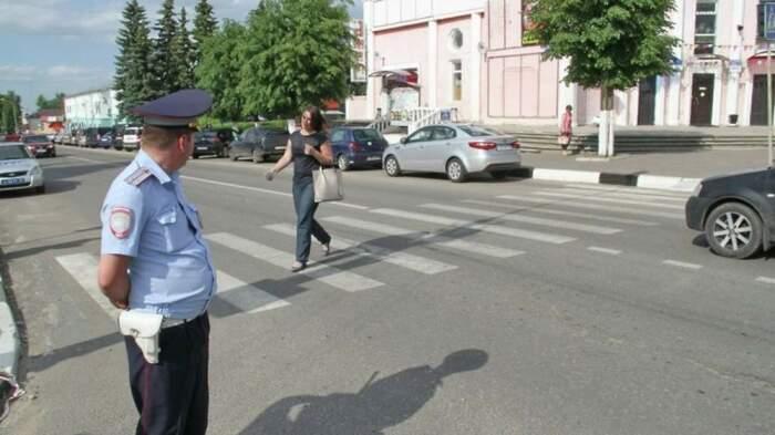 Иногда инспекторы решают подловить водителей. |Фото: info-rm.com.