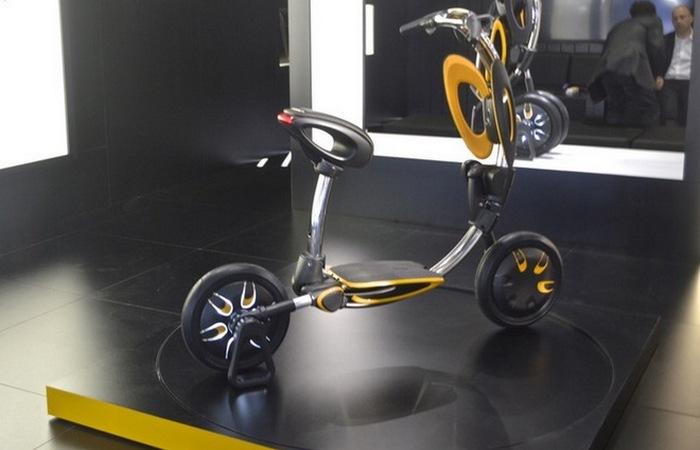 Скупер INU - идеальное транспортное средство для городских поездок.