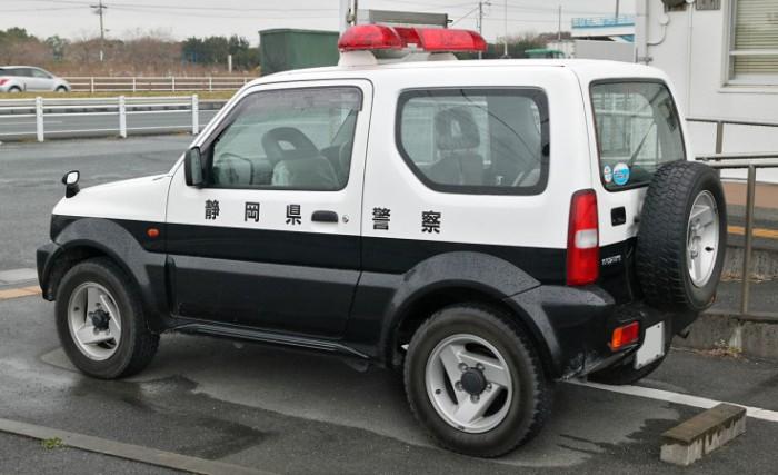 Suzuki Jimny 1998 года выпуска.