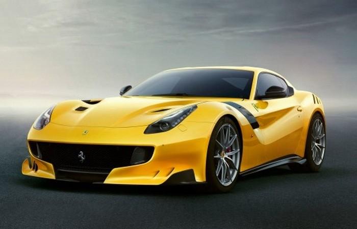 Автомобиль Ferrari F12 TDF.
