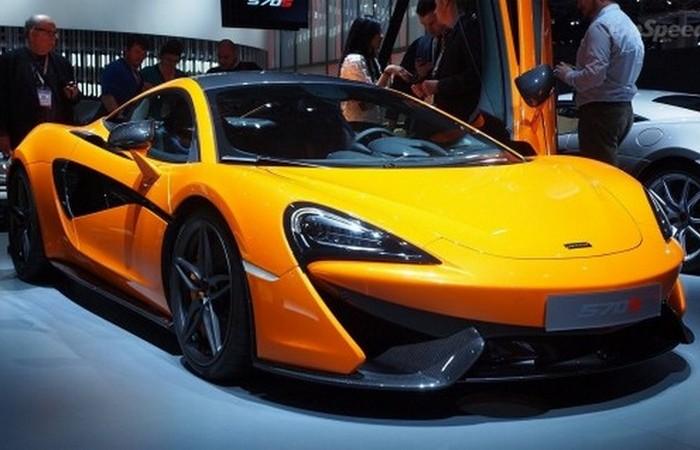 Автомобиль  McLaren 570S.