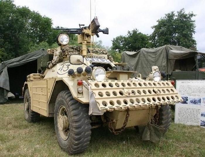 Боевая бронированная машина Ferret.