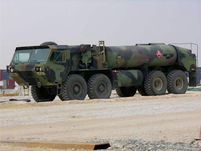 Дизельный грузовик-внедорожник HEMTT.
