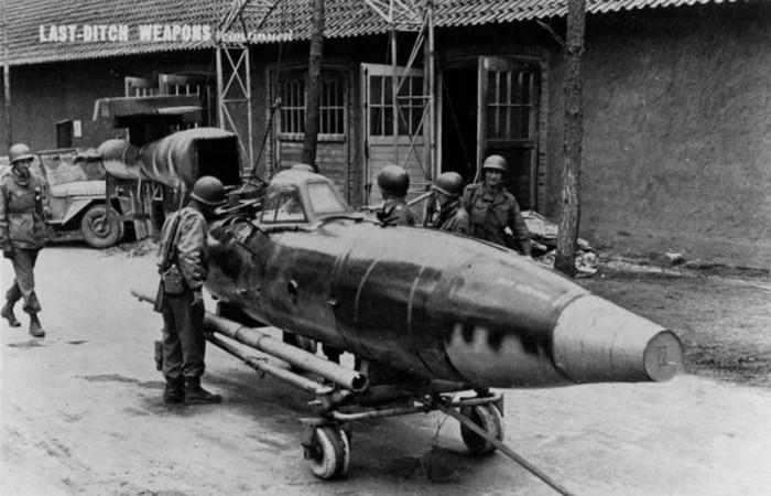 Fieseler Fi-103R.