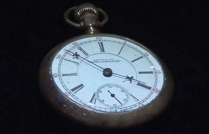 Остановившееся время: карманные часы Кейси Джонса.