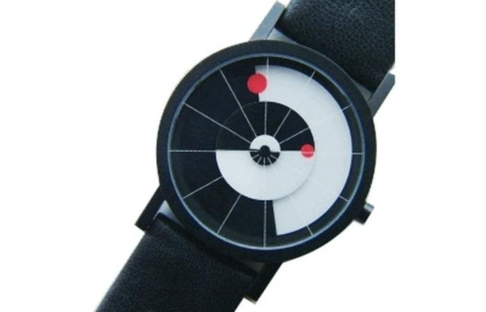 Часы Equilibrium Wrist.