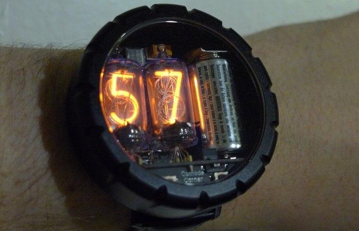 Часы Nixie.