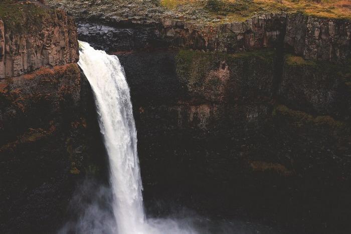 Водопад Пуукаоку.