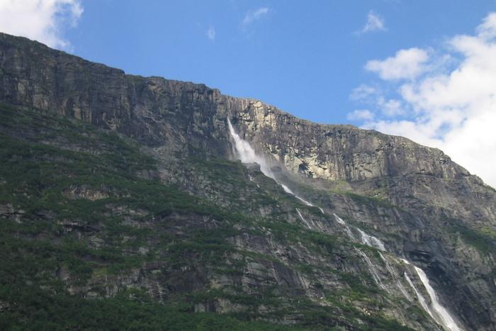 Водопад Балайфоссен.