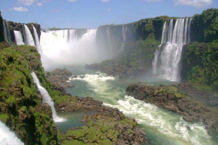 Водопад Катаратас лас-Трес Эрманас.