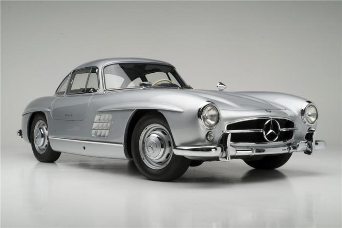 1955 Mercedes-Benz 300SL.