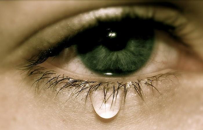 Слезы - это снижение кровяного давления.