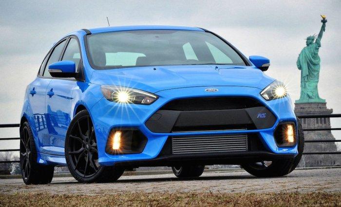Ревущий Ford Focus RS.