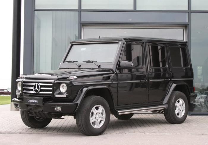 Брутальный Mercedes G500 Guard для тех, кто ищет понадежней.