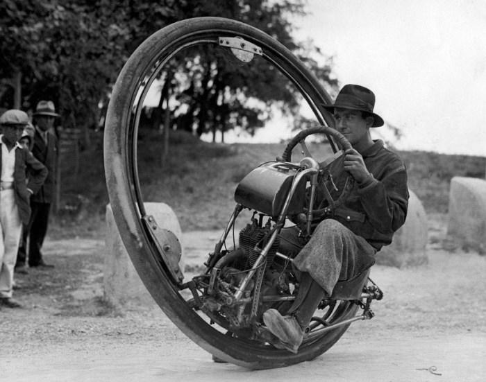 Моноцикл для быстрой езды.