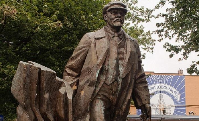 Памятник Ленину в Сиэтле.