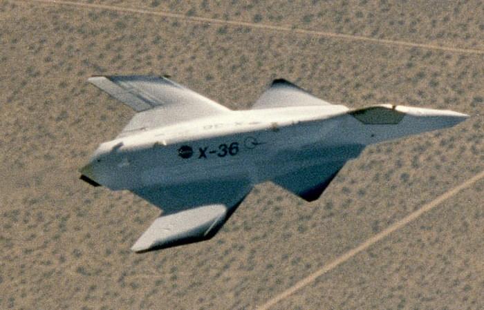 X-36 в полёте.