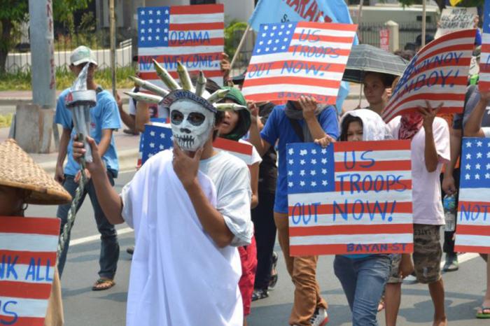 В XX и XIX веке слово вновь стали использовать для унижения. |Фото: arcver.livejournal.com.