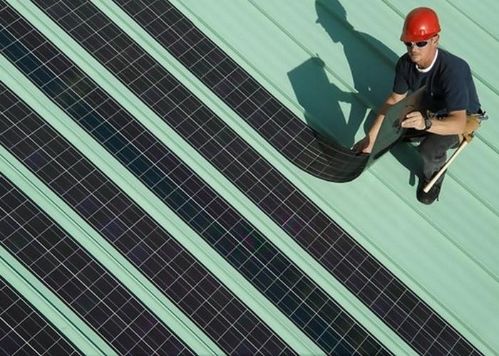 Вчерашняя фантастика: дешевые и гибкие солнечные батареи.