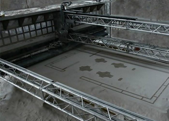 Вчерашняя фантастика: 3-D принтер создает полноразмерные дома.