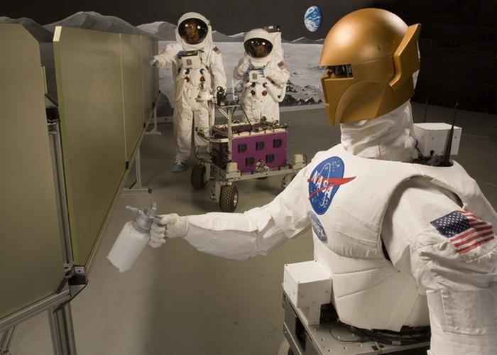 Вчерашняя фантастика: роботизированные экзоскелеты NASA. Следующая остановка «Роботы».