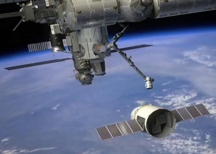 Вчерашняя фантастика: стыковка SpaceX с МКС.