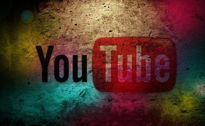 Интересный факт о YouTube: 4 миллиардов часов ежемесячно.